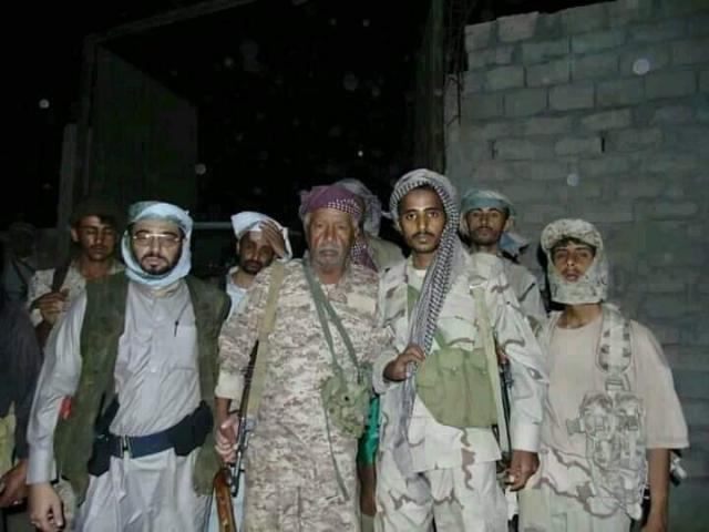 الجيش ينفذ عملية هجومية شرسة بهذه المنطقة في البيضاء و يقودها هذا القائد !